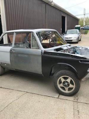 Build029 1976 BMW 2002 M10 Restoration 178