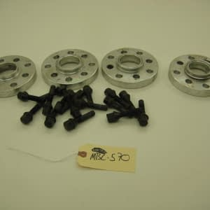 20mm Spacer With Bolts